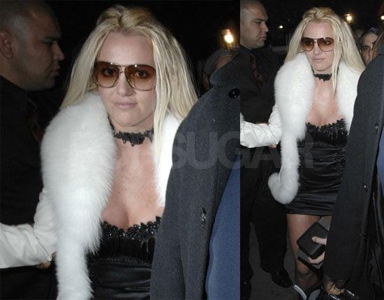 Britney Spears Rings in 26, Scandinavian Style