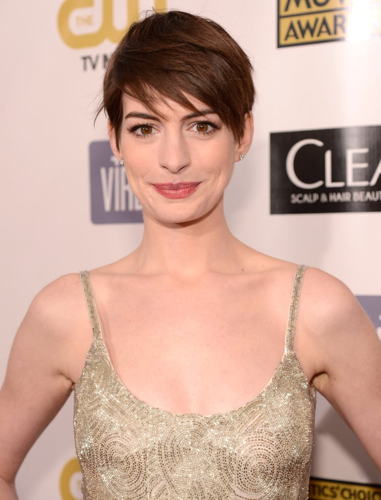 Anne Hathaway arrived at the 2013 Critics' Choice Awards.
