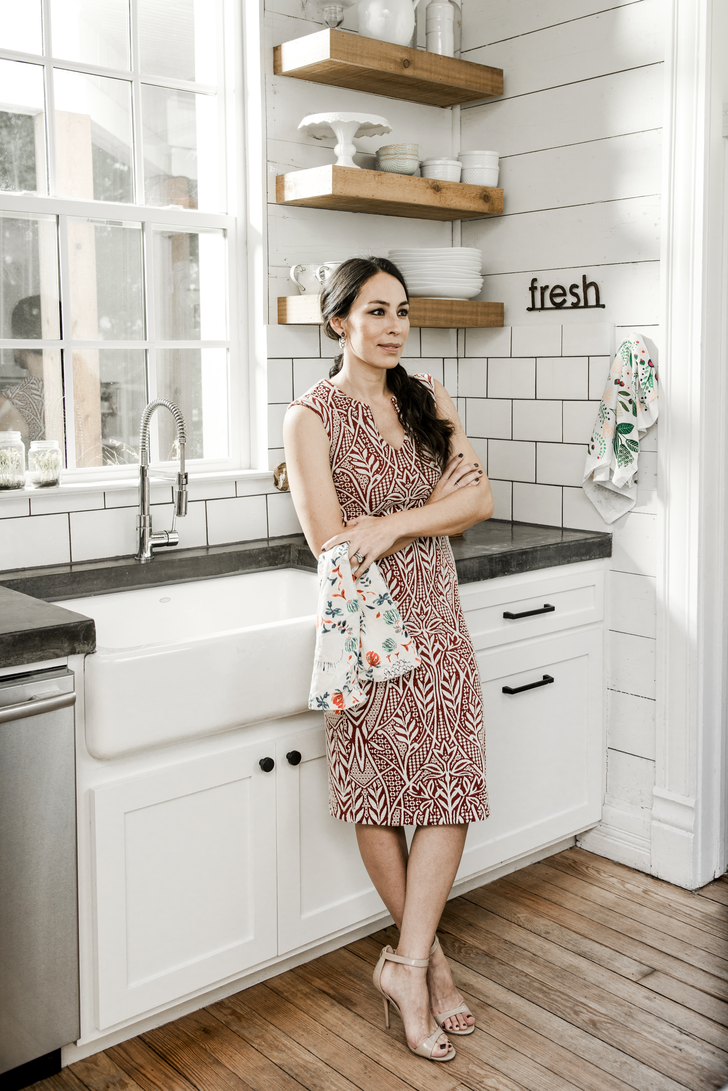 Joanna Gaines Tips For Decorating Living Rooms: Fixer Upper's Joanna Gaines Will Take Your