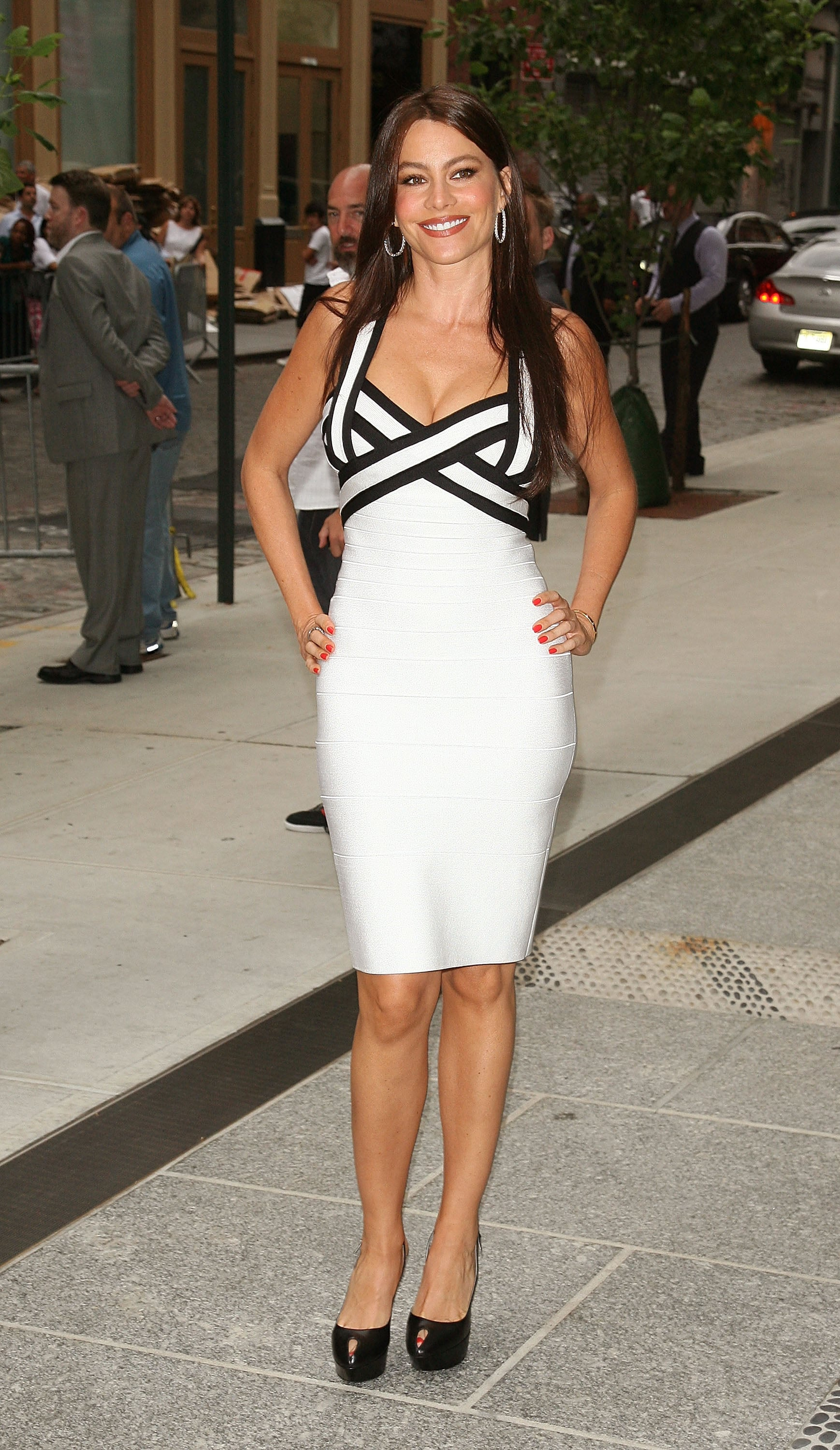 Sofia Vergara touched on the black-and-white trend long before it was popular, looking flawless in a contrasting bandage dress at the NYC screening of The Twilight Saga: Eclipse in June 2010.