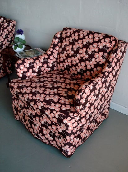 Etsy Find: Black Lacquer Chairs