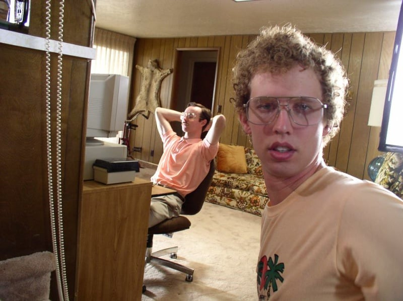 Napoleon Dynamite It's not Napoleon who finds love online. It's his awesome brother, Kipp, who finds love online with LaFawnduh Lucas, who travels by bus to meet Kipp in person.  Lesson Learned: Everyone can find love. And I mean everyone.