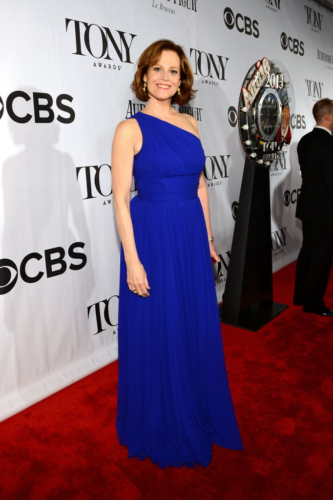 Sigourney Weaver took the red carpet in a gorgeous cobalt blue Michael Kors gown and Fred Leighton jewels.