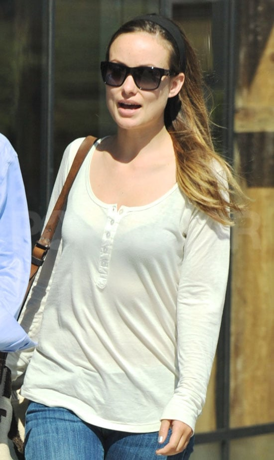 Olivia Wilde dressed casually for her day date with Tao Ruspoli.