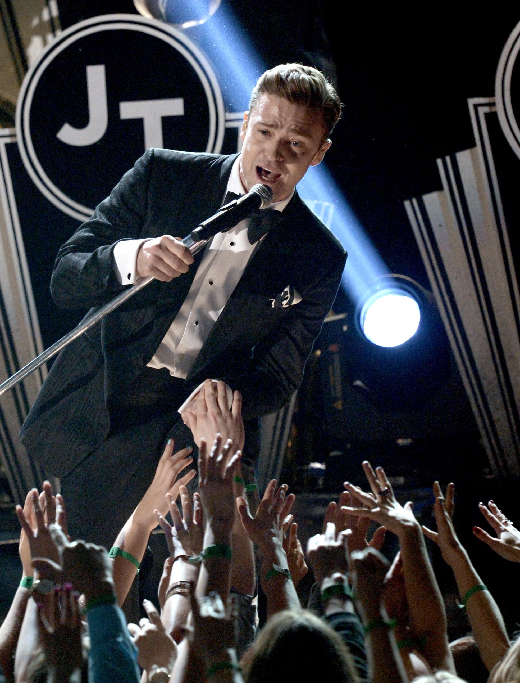 Justin Timberlake sang to the audience.