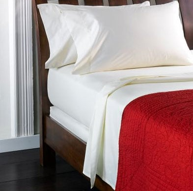 Steal of the Day:  Ivory Egyptian Cotton Sheet Set