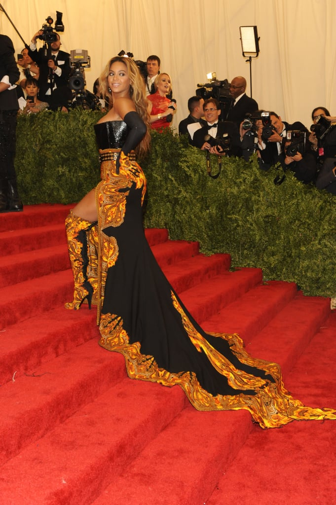 Beyoncé Knowles stole the show as she walked up the grand staircase in her Givenchy Haute Couture gown.