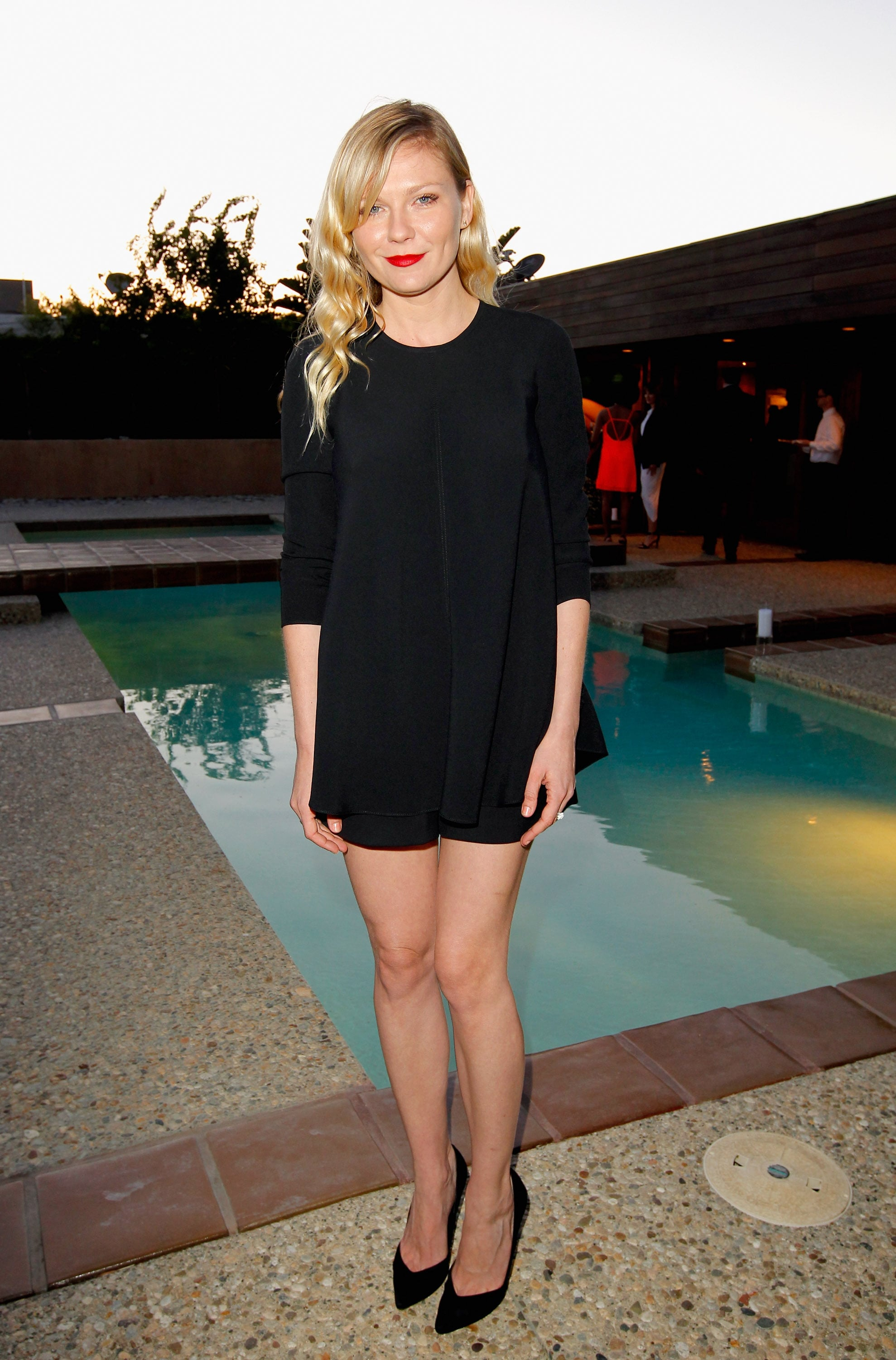 Kirsten Dunst looked ultrachic in a black top and shorts set for Barneys's Proenza Schouler dinner.