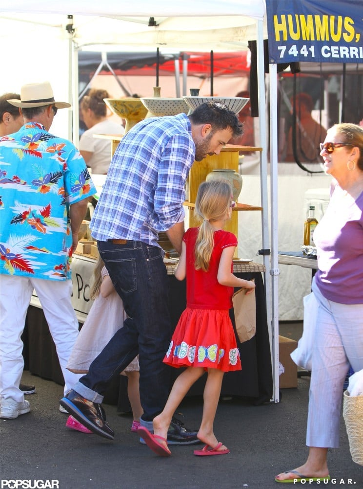 Ben Affleck shopped with Violet and Seraphina Affleck.