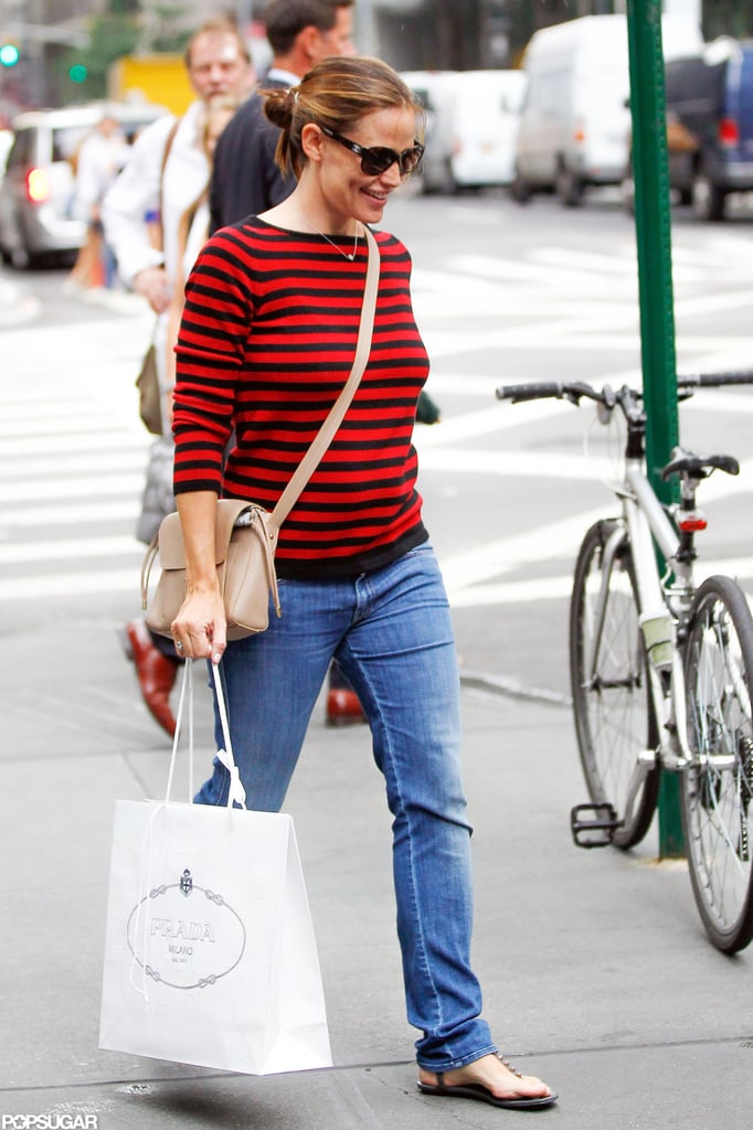 Jennifer Garner made her way through NYC with a Prada bag.