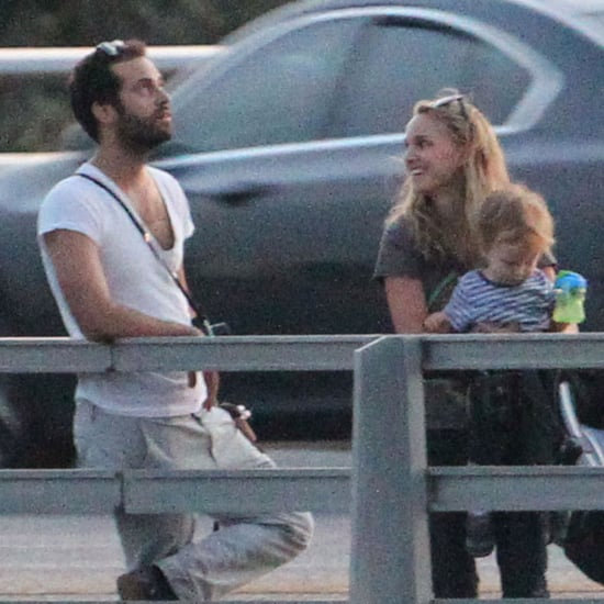 Natalie Portman With Her Family in Austin | Pictures