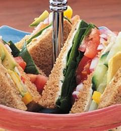 Fast & Easy Dinner: Veggie Club Sandwich