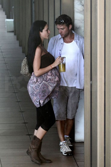 Ryan Phillippe with pregnant ex Alexis Knapp getting coffees.