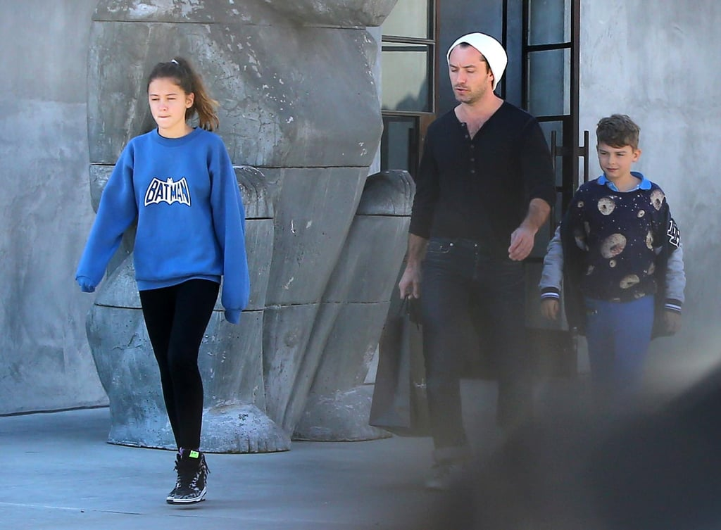 Jude Law and his kids grabbed a bite to eat.
