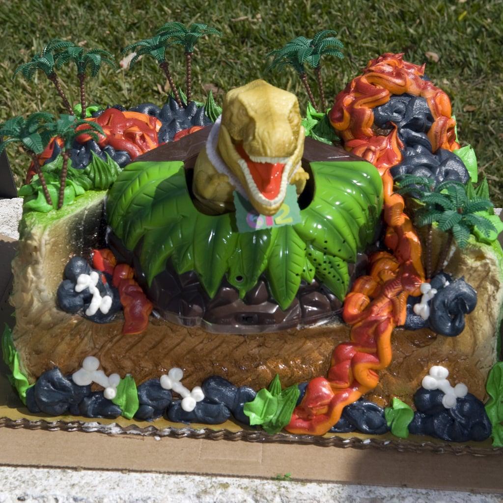 If Jurassic Park is your favorite movie, this is the cake you want to bite into.  Source: Flickr User anonymous9000