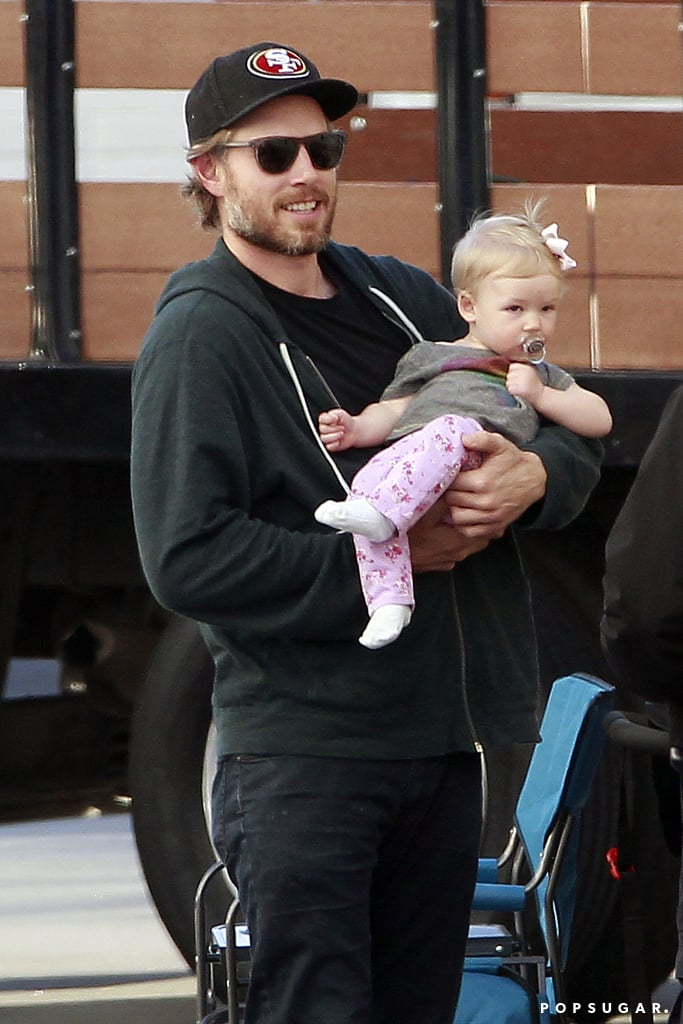 Eric Johnson and Maxwell visited Jessica on set.