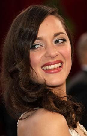 Oscar makeup trend: Shimmer