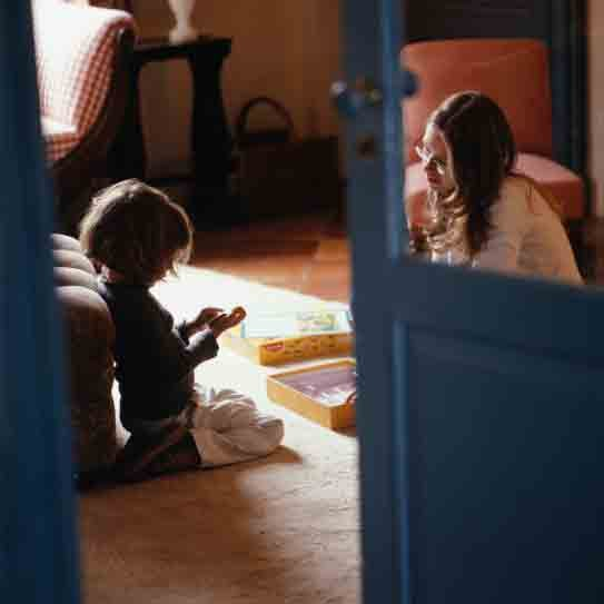 Should You Pay Friends For Babysitting?