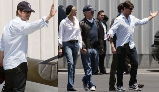 Photo of Tom Cruise, Ben Stiller, Steven Spielberg Flying Planes