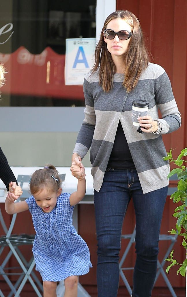 Jennifer Garner stopped for a coffee with Seraphina in LA.