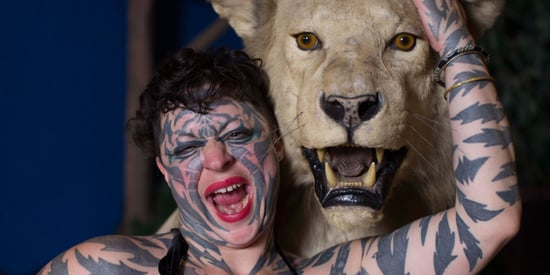 Katzen Hobbes Turns Herself Into Tiger Woman
