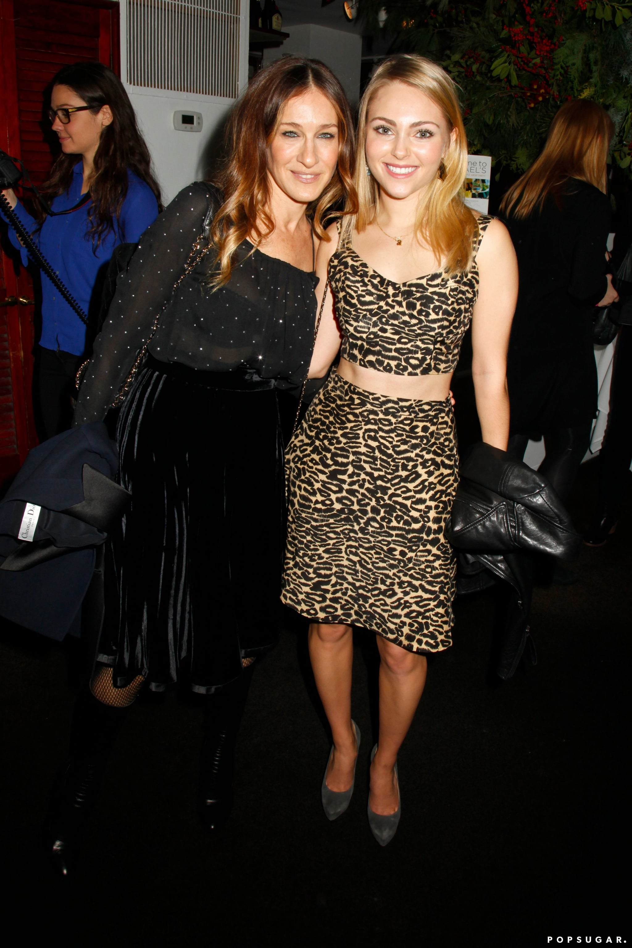 Sarah Jessica Parker linked up with The Carrie Diaries star AnnaSophia Robb at Cosmopolitan magazine's Cosmo 100 lunch in NYC.