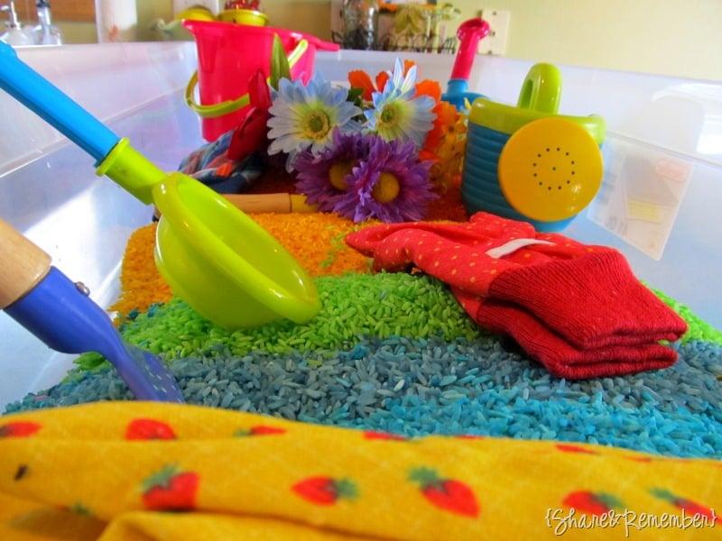 Pretend gardening for tots 119 creative indoor for Indoor gardening lesson