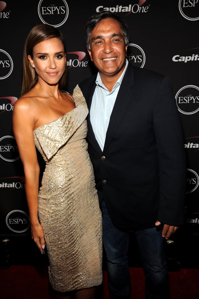 Jessica Alba brought her dad, Mark, as her ESPYs date in LA on Wednesday.