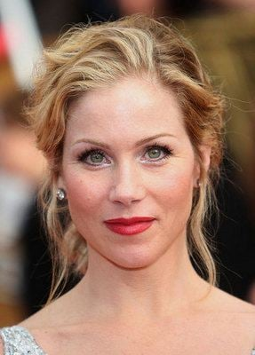 How-To: Christina Applegate's SAG Awards Hairstyle