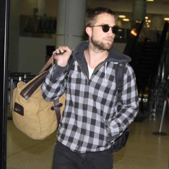 Robert Pattinson Leaving NYC Hotel   Pictures