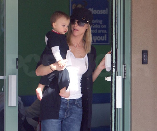 Slide Photo of Elin Nordegren With Charlie Woods at Little Gym