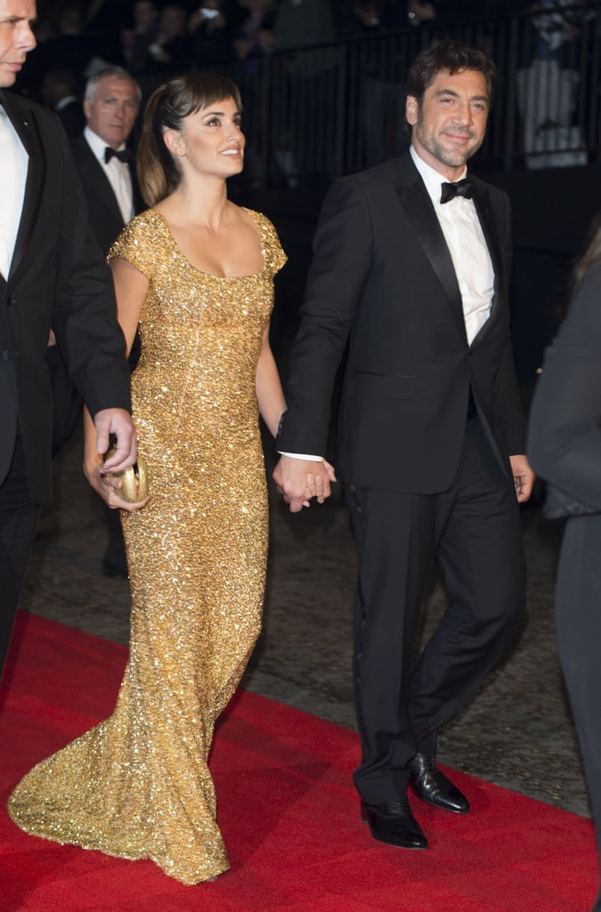 Penélope and Javier arrived together at the premiere of Skyfall in London on October 2012.