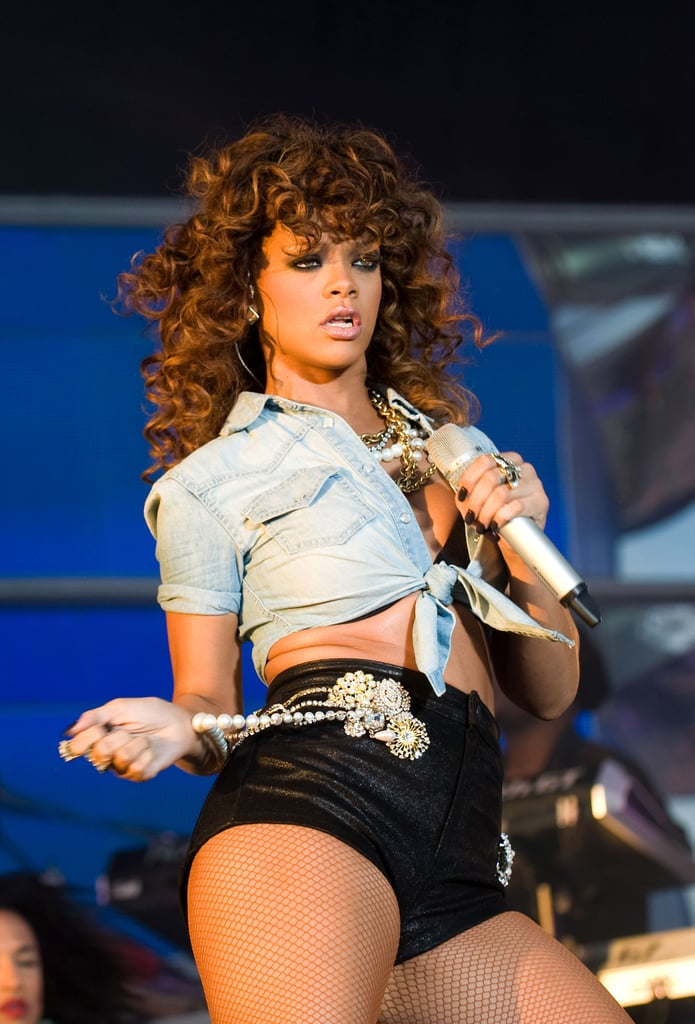 Rihanna ditched her bright red hair.
