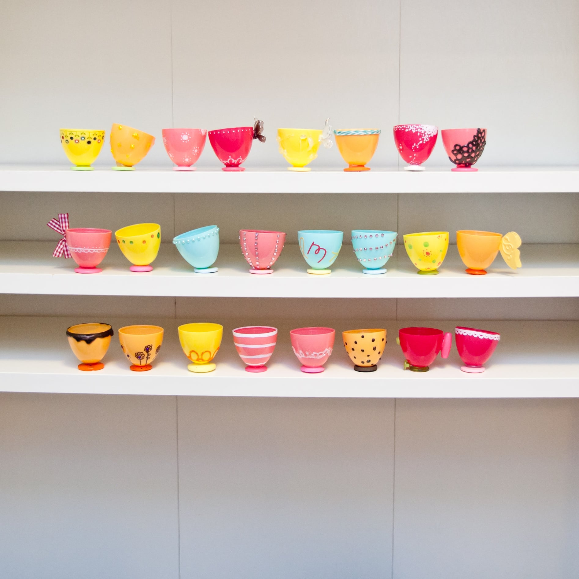 Plastic Easter Egg Tea Cups