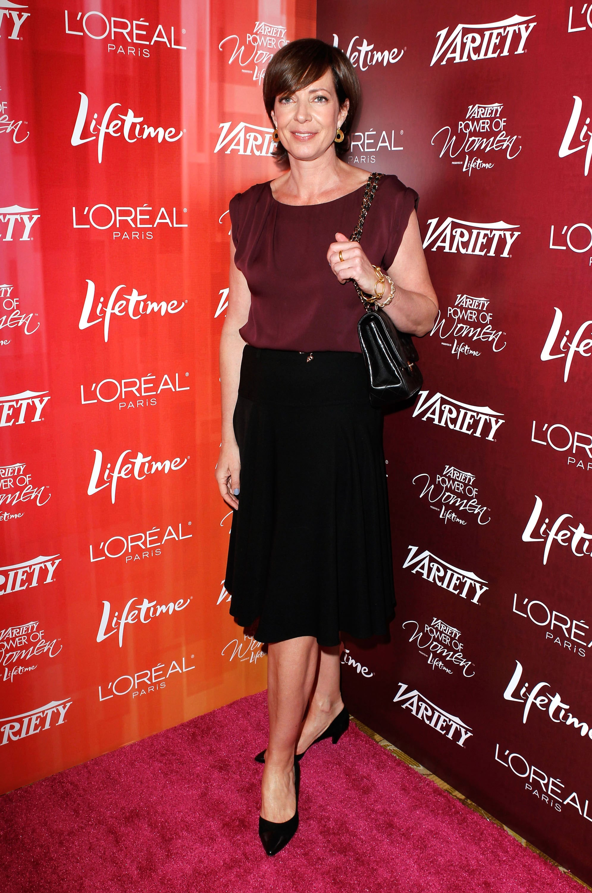 The Help's Allison Janney came dressed in a chic black skirt for her lunch with friends.