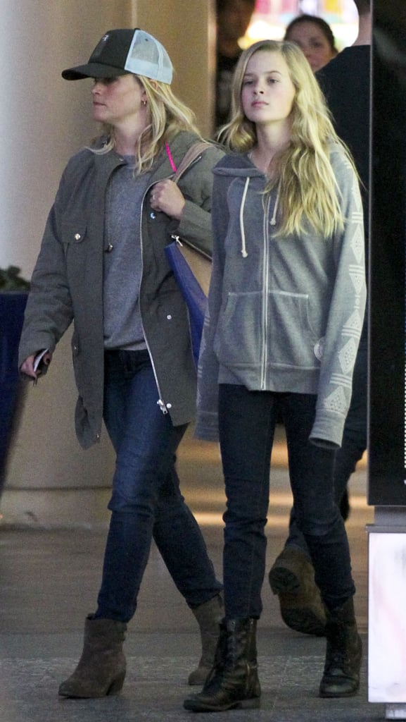 Reese Witherspoon and her daughter, Ava Phillippe, shopped at an outdoor mall in LA.