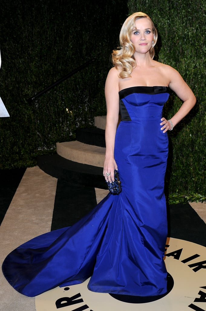 Reese Witherspoon Goes For Blue at the Oscars and VF Bash