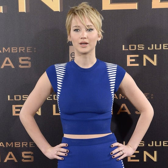 Jennifer Lawrence Spilling Her Mints at a Press Conference