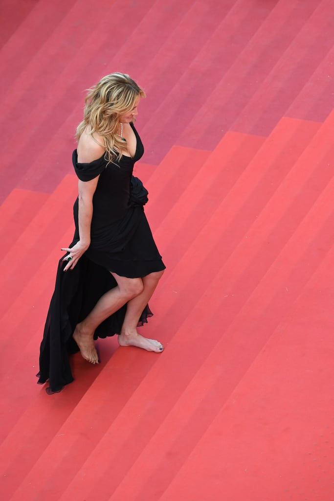Julia Roberts Ditched Her Heels in Her Armani Prive Dress