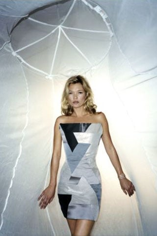 Kate Moss for Sport Relief Wearing William Tempest 2010-03-15 03:39:28
