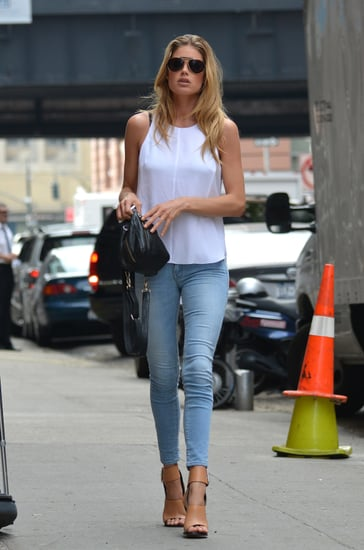 Doutzen-Kroes-made-her-skinny-denim-way-fresh-via-stark-white-tank