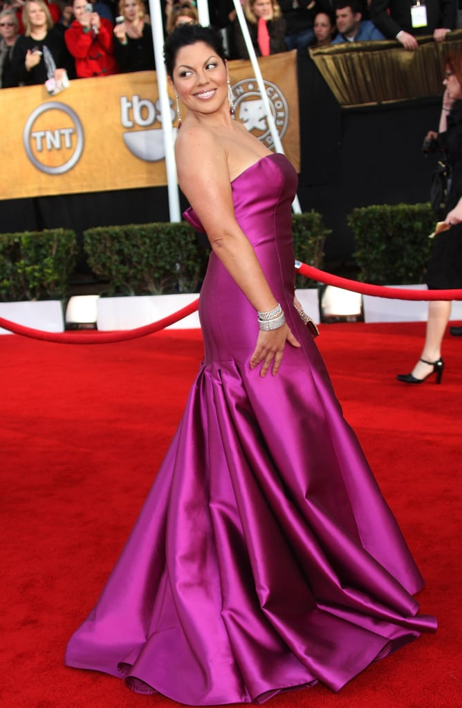 The Ladies Cover Their Legs and Baby Bumps at the SAGs