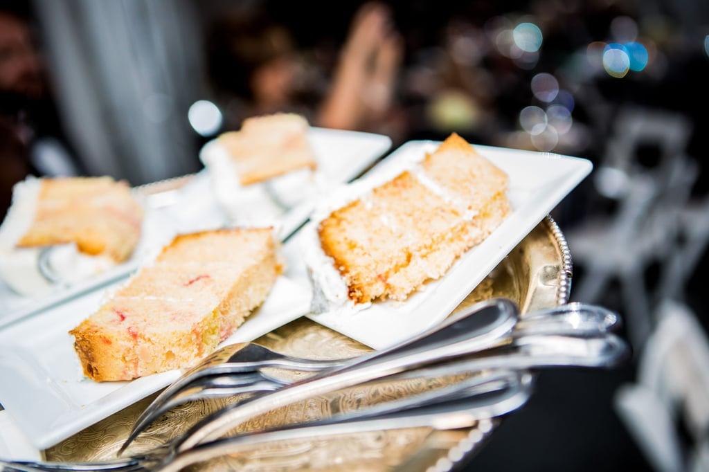 Serve Sheet Cake