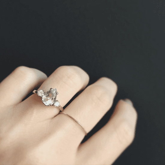 3-Stone Engagement Rings