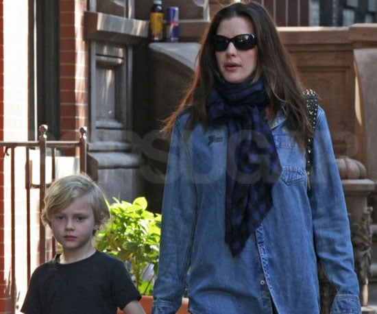 Slide Picture of Liv Tyler Walking Around NYC With Milo Langdon