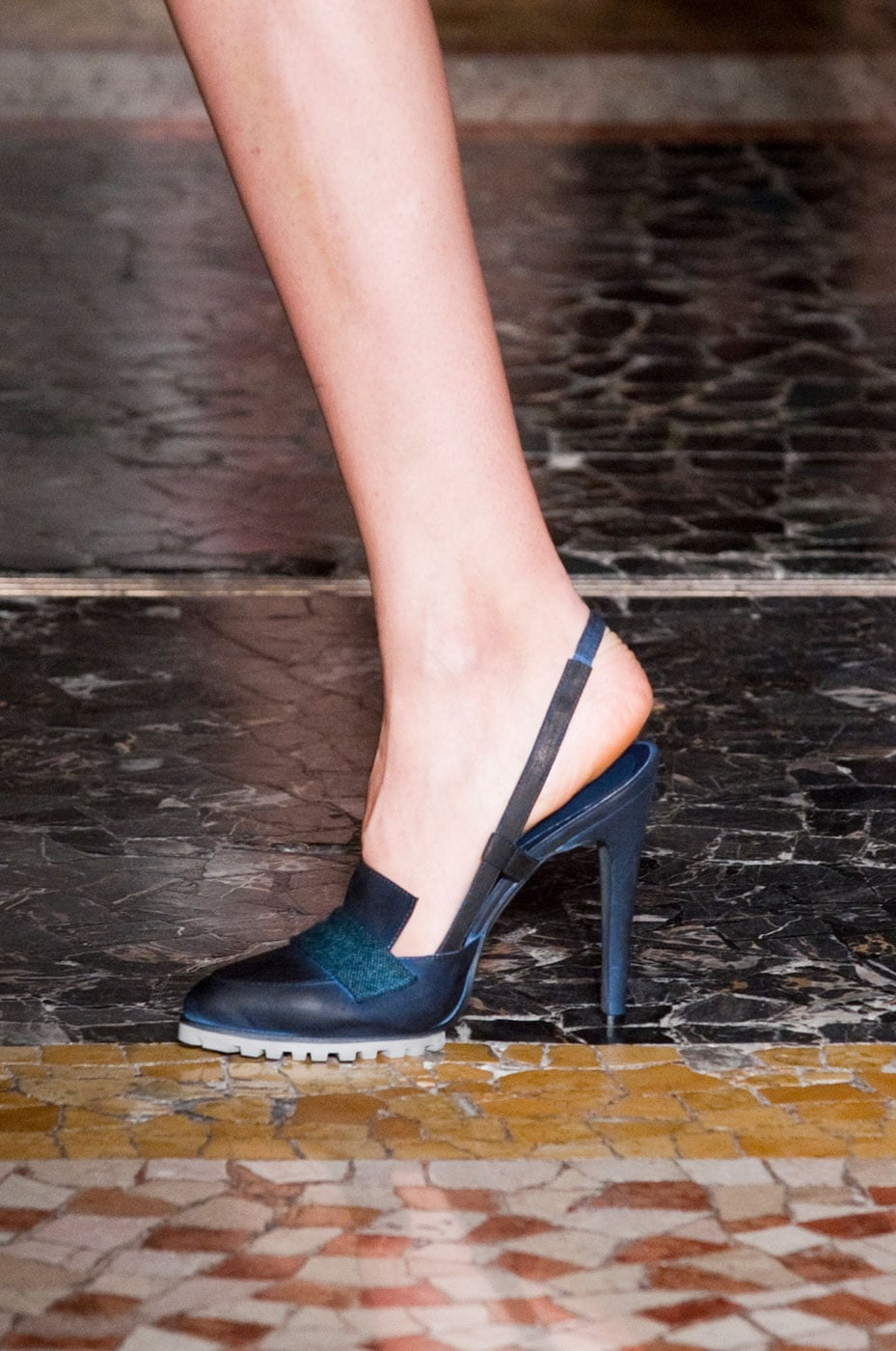 Chicca Lualdi BeeQueen Fall 2014