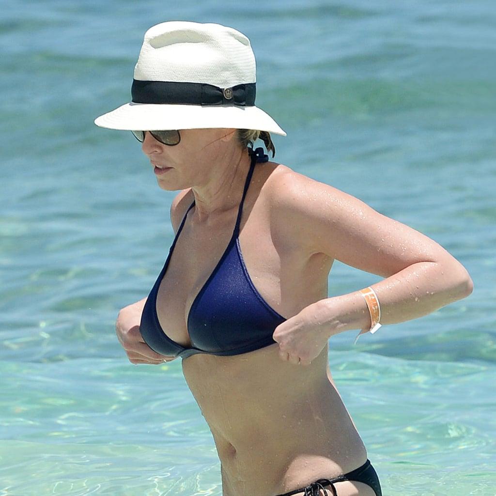 o9.icdn.ru  home nude  Chelsea Handler Wearing a Bikini in the Bahamas