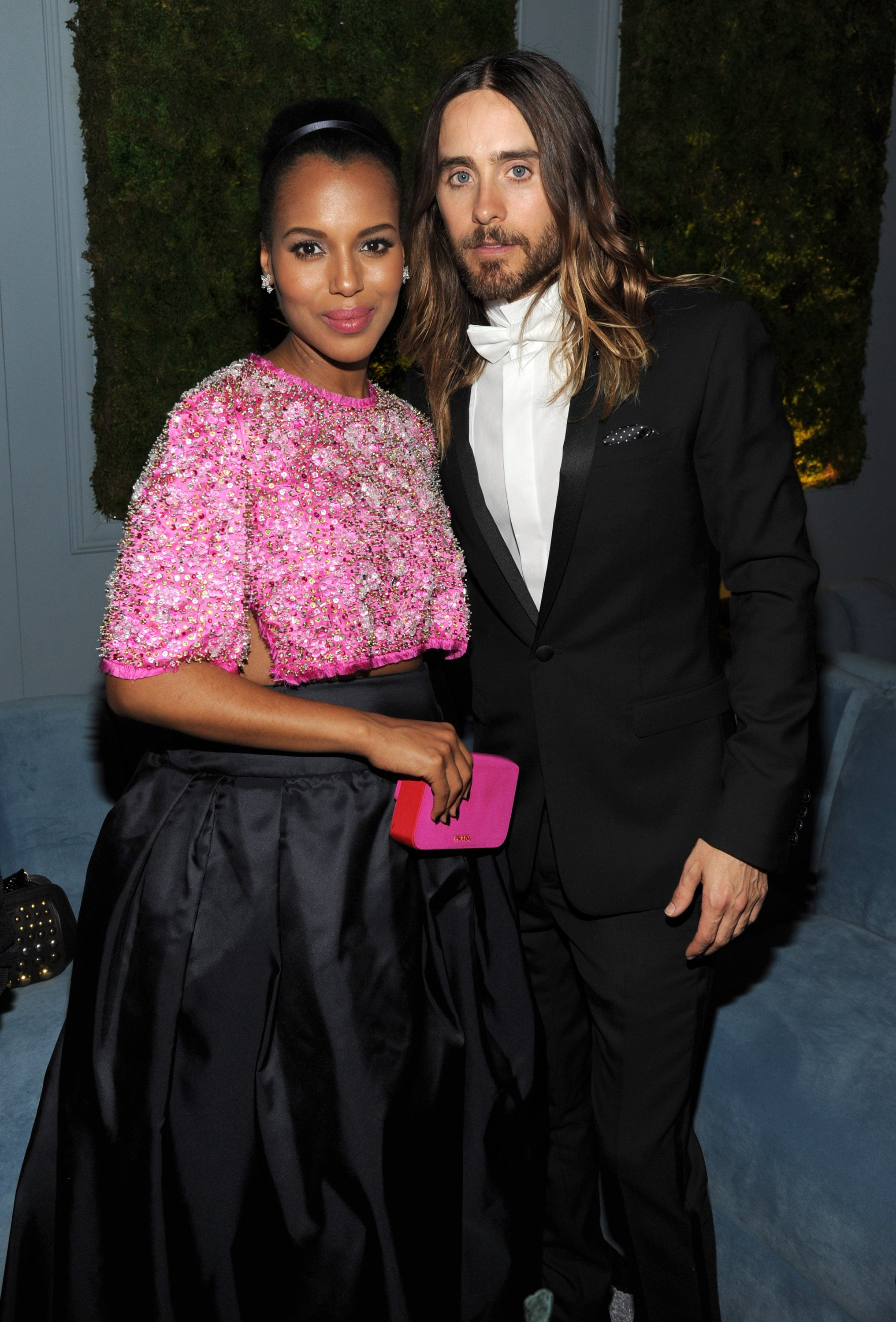 Jared posed with a delightfully pregnant Kerry Washington during the SAG Awards gala.