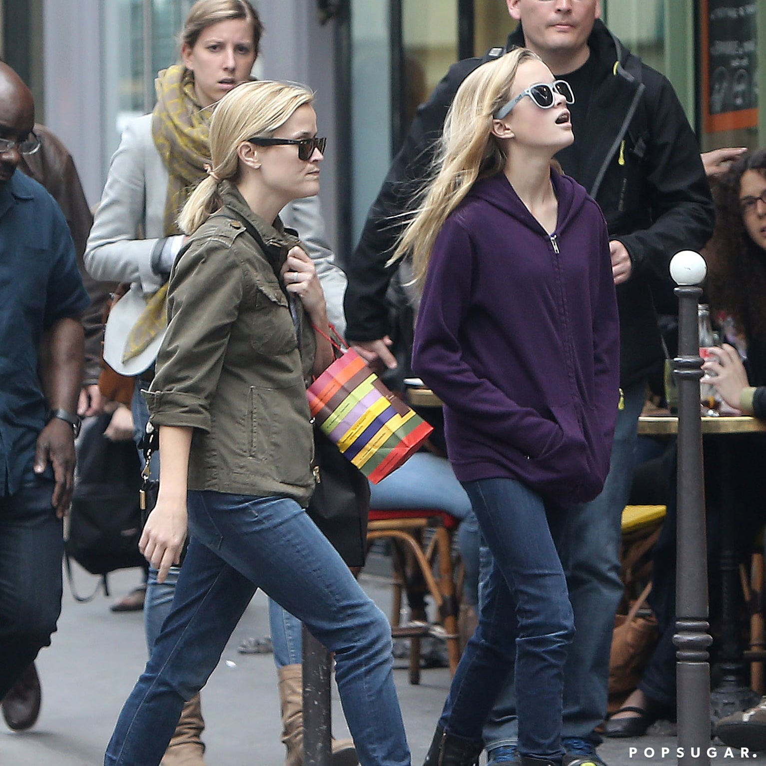 Reese Witherspoon and her daughter, Ava, toured Paris.