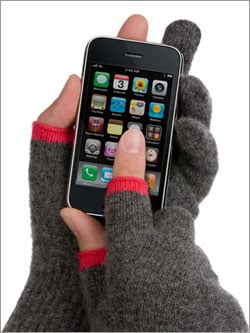 Gloves For Using Your Gadgets In the Cold